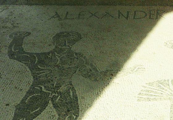 2008年10月16日 505 Caupona di Alexander Heli.jpg