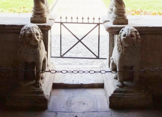 686  San Giovanni in Laterano - Chiostro - コピー.jpg