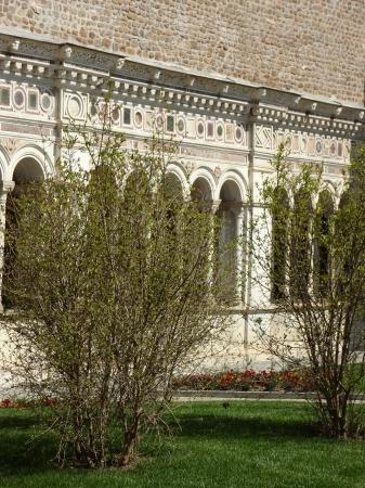 697 San Giovanni in Laterano - Chiostro.jpg